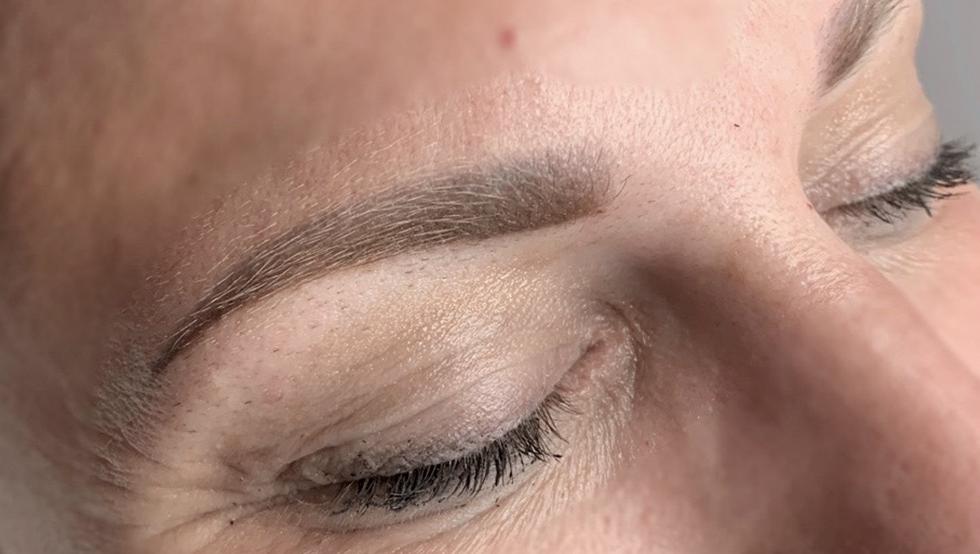 Audacieuse Maquillage Permanent des Sourcils Effet Poudré PU-24